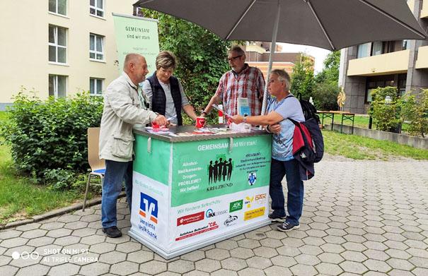 Der Kreuzbund Stadtverband Bottrop stellt seinen neuen Stand vor